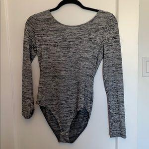 🌸3 for $25🌸 garage grey long sleece bodysuit